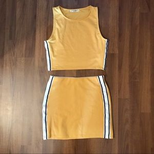 PULL&BEAR Yellow Co-ord Skirt & Crop Set